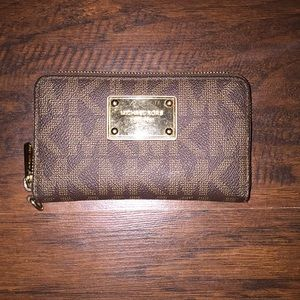 Michael Kors Mini clutch or card wallet